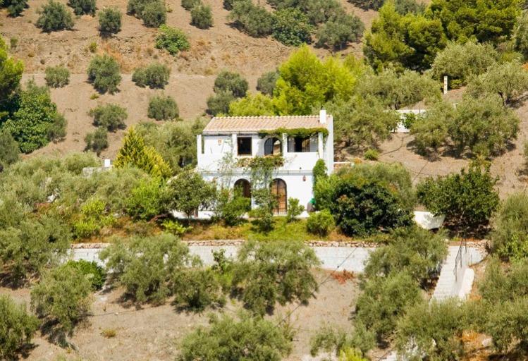 Ontspannen en cultuur snuiven in de streek Andalusië. Dit vakantiehuisje, landelijk gelegen maar op korte afstand van alle bezienswaardigheden huurt u