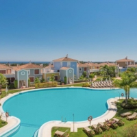 Luxe appartement met zwembad en golfbaan Marbella  Appartement Del Mar